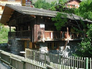 CHALET VIEUX MOULIN Chalet in free management 4 bedrooms 21 persons