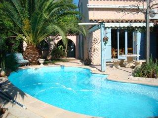 Villa 120 m2  au calme piscine pour 4 a 5 personnes 3 chambres