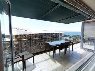 Maui Westside Properties: Hokulani 712 -  1 Bed/1 bath - Extra Large!