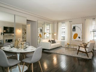Fifth Avenue Ultra Luxurious Two Bedroom - Domenico Vacca Building