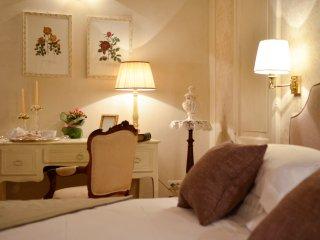 DELUXE ROMANTIC ROOM - LA CORTE DI AMBRA
