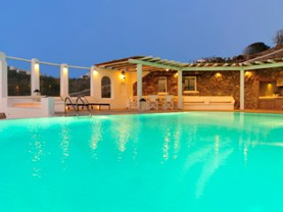 4 Bedroomed Villa with Private Pool In Mykonos,Greece-225