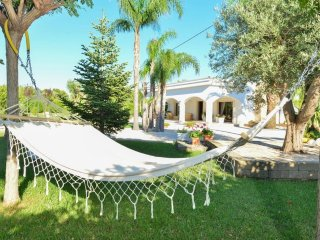 Elegante Villa Relax con Piscina
