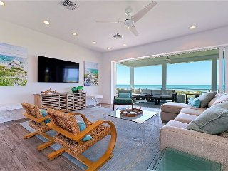 6 Bedroom Luxury Beach Front Estate/breath taking sunset views!, Captiva Island