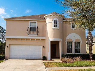 Annie's House --7BR/5.5BA(4masters), South-Facing Pool/Hot Spa, 3mile to Disney!
