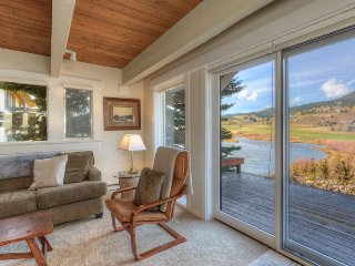 Creek Front Condo w/ Miles of Views