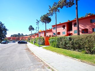 Pine Silver Apartment, Aroeira Golf Resort, Lisbon