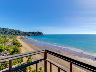 Two luxury oceanfront condos w/ shared pool & ocean views - walk to beach!