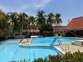 Girardot, Cundinamarca, Colombia. Casa en alquiler para vacaciones. La Campiña