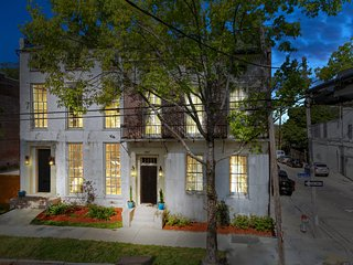 Magazine St. Masterpiece 5 BR in L Garden District