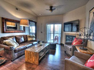 Brand NEW, Beautifully Decorated Condo - Close to Skiing and Downtown! (BHR2308)