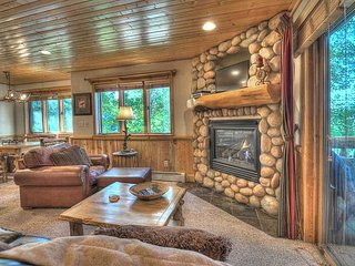 Mountain Cabin by Canyons Resort! Hot Tub! Great Location Close to Downtown, Park City