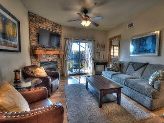 Convenient Location- Newly Furnished -On the Free Shuttle Route and Near Ski, Park City