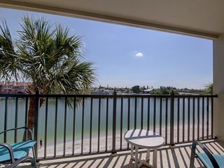 Lands End #305 | Spacious, renovated, and waterfront, Treasure Island