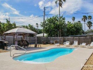 Maritana Pool House | Tropical backyard oasis & walk to the beach