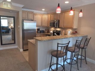 Sun Harbor #105   Across from the beach completely renovated, Saint Pete Beach