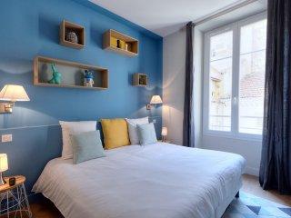 Appartement deux-pièces en plein centre de Cannes