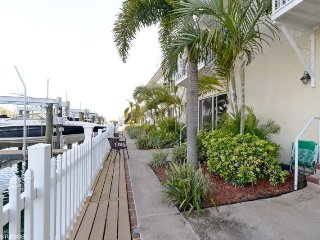 Sun Harbor #201 | Classy updated condo, across the street from the beach