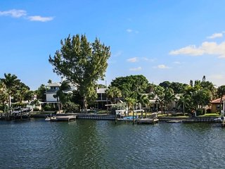 Sun Harbor #206 | Peaceful waterfront condo, across the street from beach