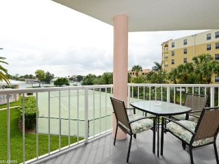 Sunrise Resort #211 | Impeccable condo with great views, Saint Pete Beach