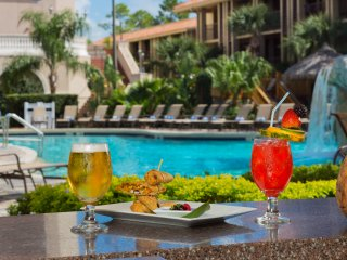 Awesome Getaway in Orlando Fl. for up to 8 guests near Sea World and near theme