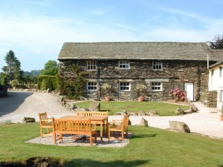 LLH19 Barn in Outgate and Tarn, Ambleside
