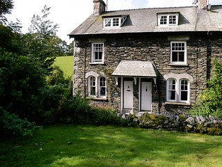 LLH33 Cottage in Near and Far, Far Sawrey