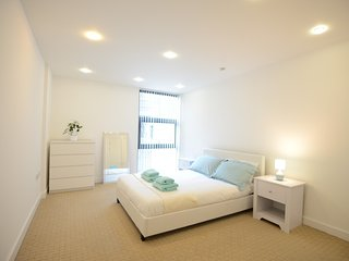 Easy Stay Canary Wharf Apartment
