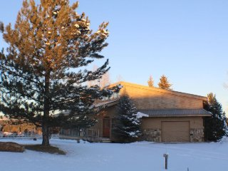 Teal Circle 68 is a cute 3 bedroom home centralized to many activities in the, Pagosa Springs