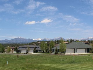 Aspenwood 4205 is a cozy vacation condo located in the heart of the Pagosa, Pagosa Springs
