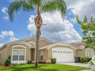 Williams Wayport Villa - Beautiful 4 bedroom pool home in Windsor Palms Resort