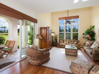 Waikoloa Colony Villas 1202. Stunning townhome on the golf course!