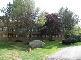 Waterville Valley Condo walking distance to Recreation Department with family, Waterville vale