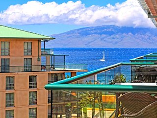 Maui Resort Rentals: Honua Kai Konea 710 – Top Floor 1BR w/ Ocean & Mountain
