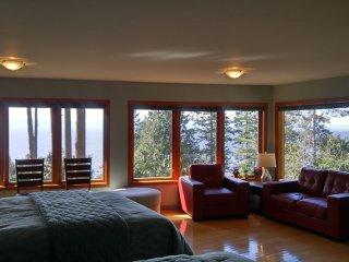 Diamond Suite at Sunshine Coast Treetop B&B, Sechelt