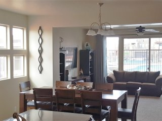 ***4 Bedr Townhouse sleeps15 Great Place to stay when you are visiting St.George, Saint George