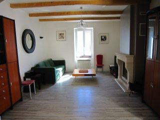 LA ROCHELLE Maison 100m2 ttes periodes  3 chambres  House 1100sq yd 3rooms