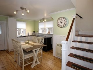 San Jewel Cottage-Charming Cottage close to Rockport Harbor, Tenants Harbor
