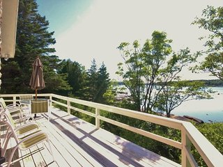Pristine and spectacular waterfront house- perfect views and location., Rockland