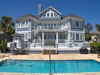 Direct Oceanfront 7 Bedroom Home with Largest Oceanfront Pool Walk to Coligny, Hilton Head