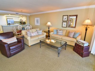 Bay View Tower - 1033, Fort Myers