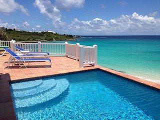 Dolphin Villa, Sandy Hill Bay