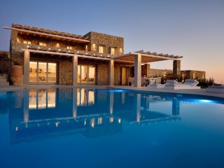 5 Bedroomed Villa Private Pool with Jacuzzi In Mykonos,Greece-231, Mykonos Town