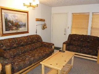 1 BR Vacation Condo Near Powder Mountain and Snowbasin, Eden