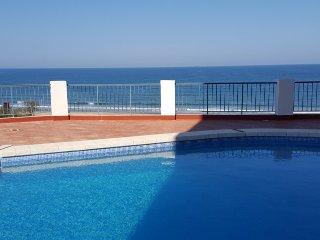 Espectacular apartamento frente al mar para 8-9 personas, Cullera
