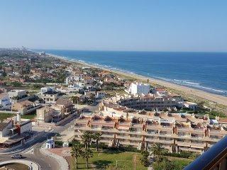 Espectacular apartamento frente al mar para 8-9 personas