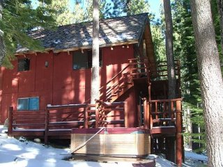 V45-Great Cabin, Secluded in a quiet setting & completely surrounded by, South Lake Tahoe
