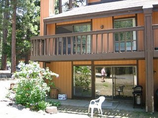 V51-Lovely condo near the base of Heavenly! Summer hiking, winter