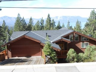 4027C-Huge Mountain Home with Lake Views&#59; Heavenly, Casinos and Heavenly