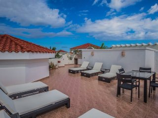 3 Bedroom Penthouse with Garden and Golf Course Views